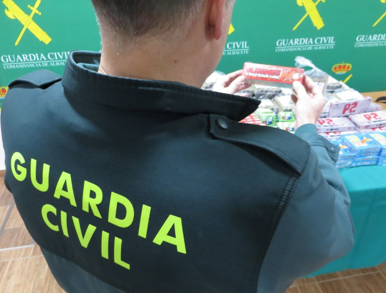 artefactos guardia civil junio 2018